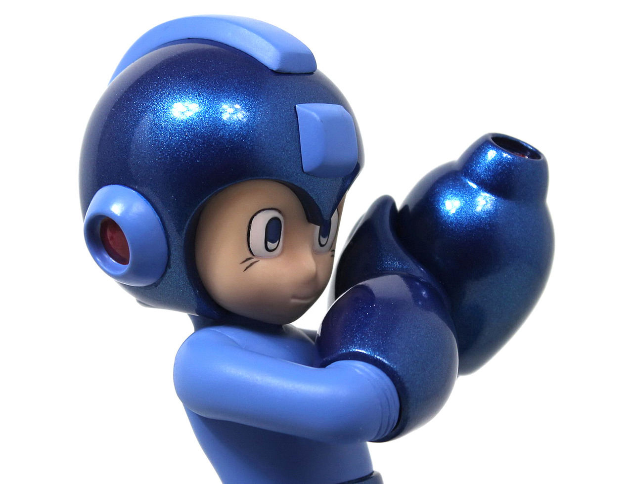 25th anniversary Mega Man statue 10-04-13 001