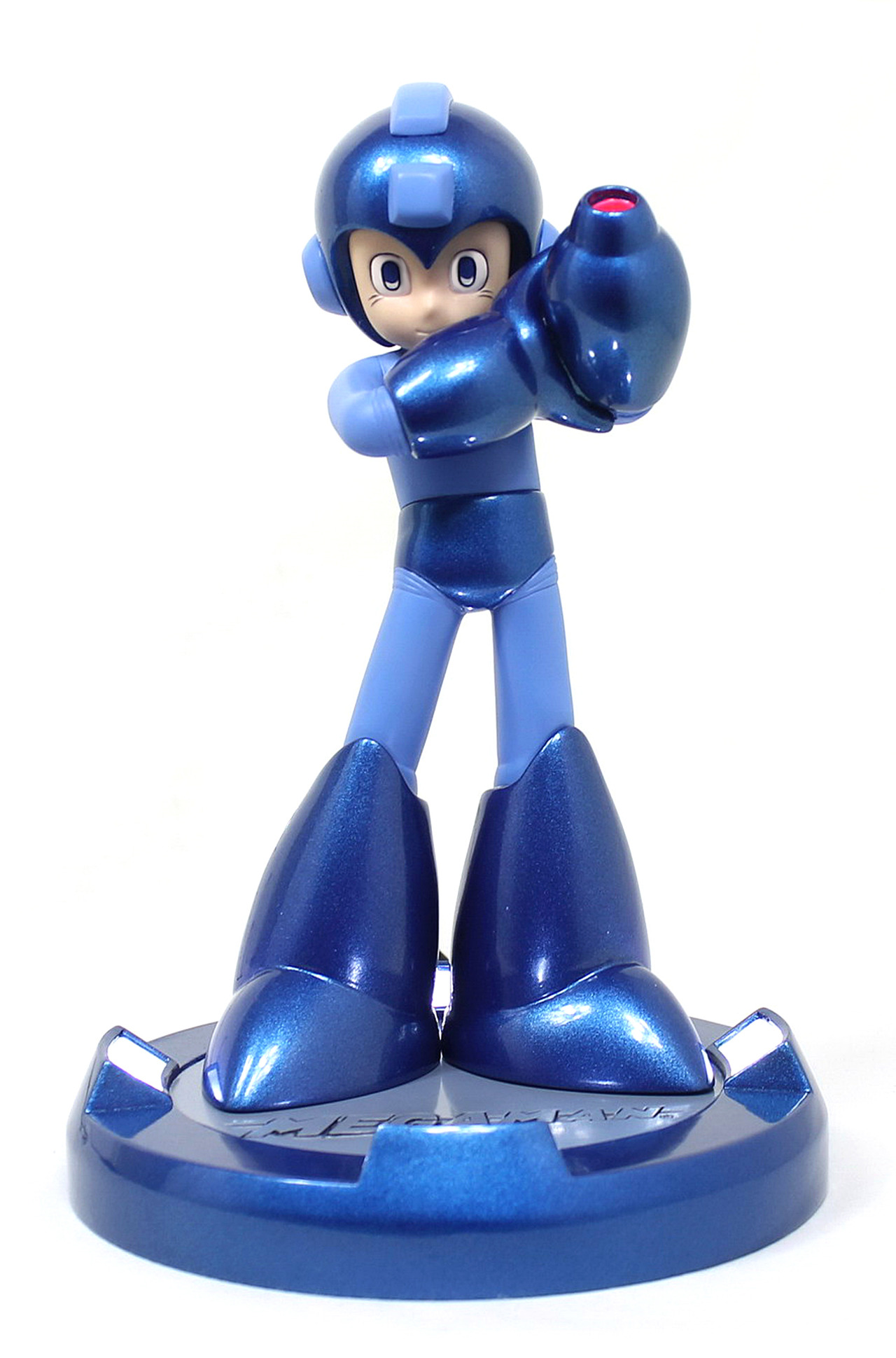 25th anniversary Mega Man statue 10-04-13 002