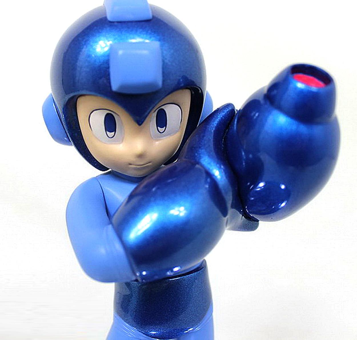 25th anniversary Mega Man statue 25-04-13-001