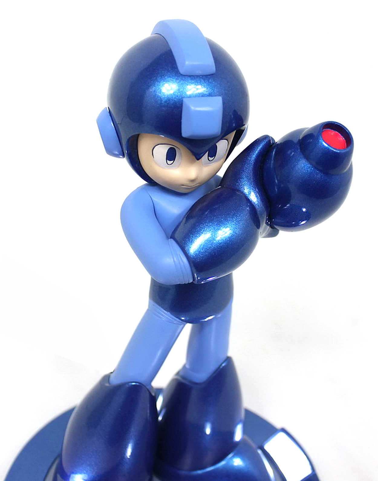 25th anniversary Mega Man statue 25-04-13-003