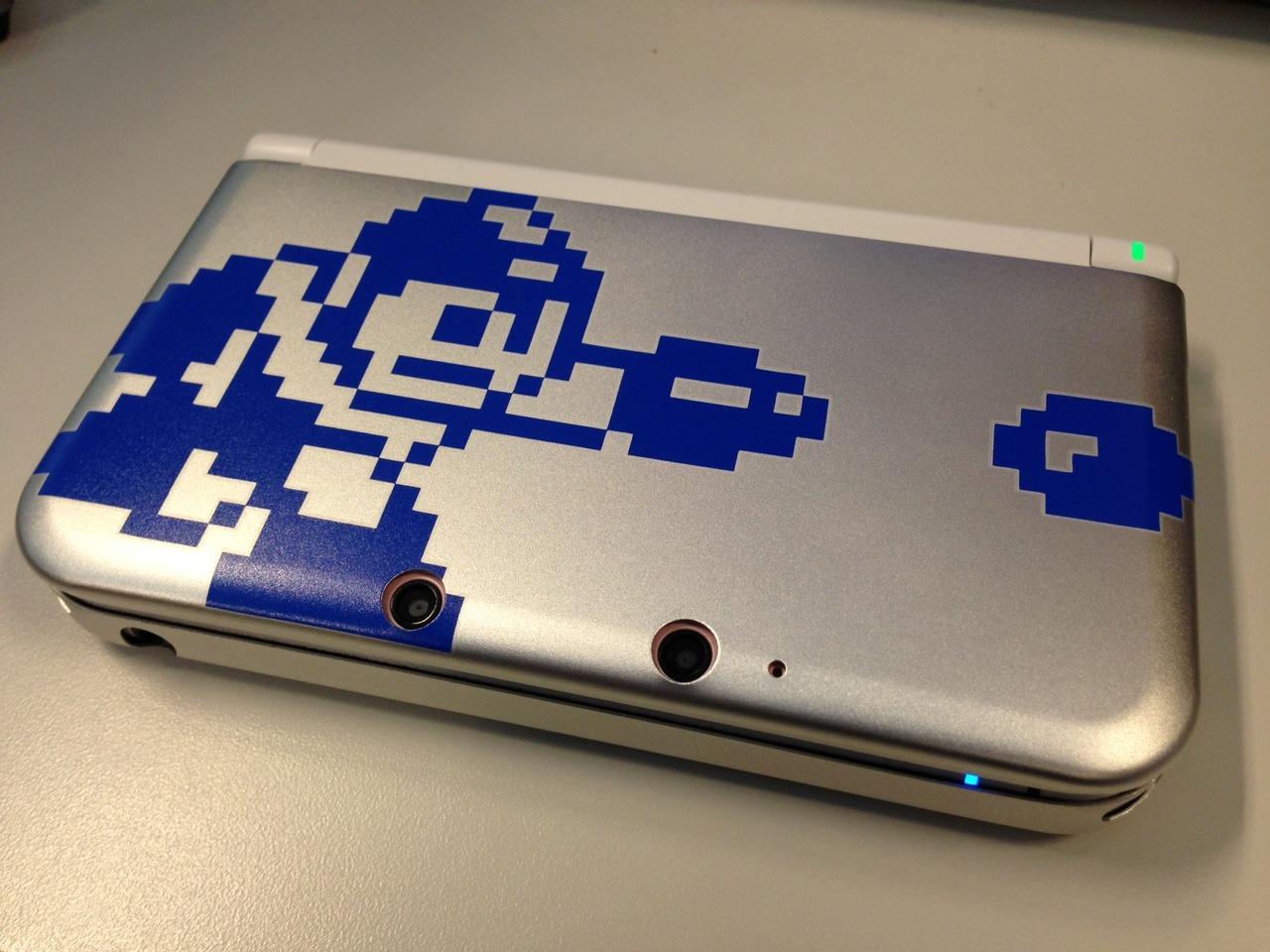 Mega Man 25th anniversary 3DS case  30-04-13 001
