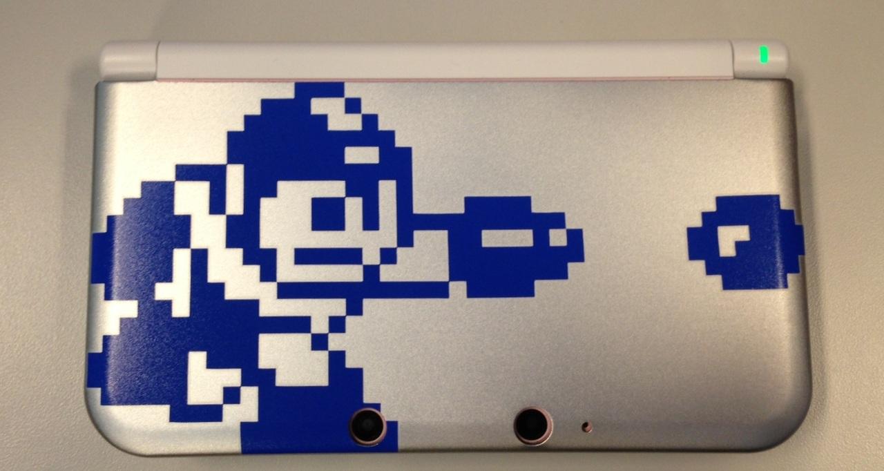 Mega Man 25th anniversary 3DS case  30-04-13 002