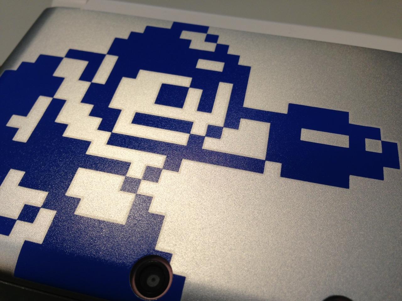 Mega Man 25th anniversary 3DS case  30-04-13 003